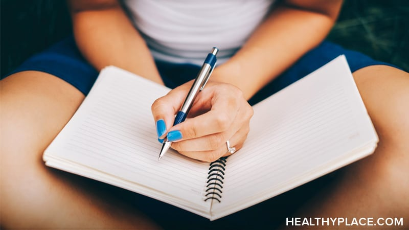 Depression journals are powerful tools that offer many benefits. Use them to regain control of your life. Discover benefits and tips for journaling.