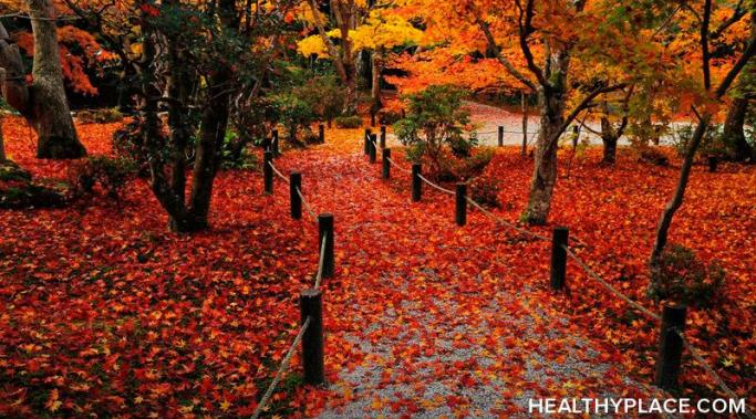 Autumn is a festive time of year. But seasonal changes can trigger mood episodes in folks with bipolar, making it difficult to work.