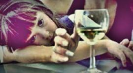 Age-appropriate ways of discussing alcohol and drinking with your young child.