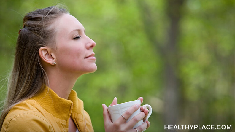 Morning rituals can calm anxiety if you know what to include in them. Read this for tips to create a morning ritual that calms your morning anxiety.
